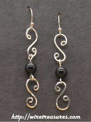 Double-S Earrings with Black Onyx Beads